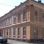 O casa de pe strada Mitropoliei